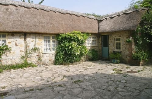 Last Minute Cottages - Excellent Lyme Regis Cottage S19807