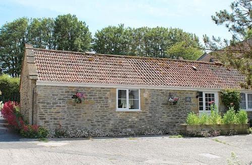 Last Minute Cottages - Luxury Sherborne Cottage S19864
