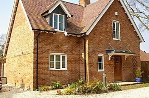 Big Cottages - Superb Wimborne Cottage S19984