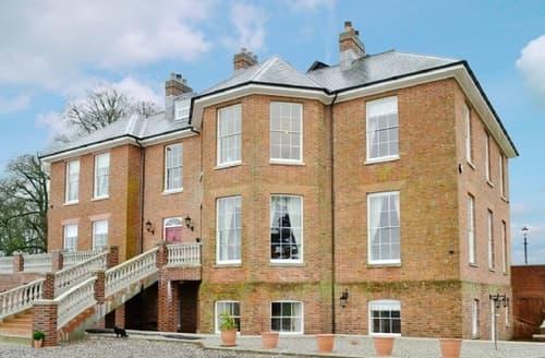 Last Minute Cottages - Gorgeous Tiverton Apartment S18855