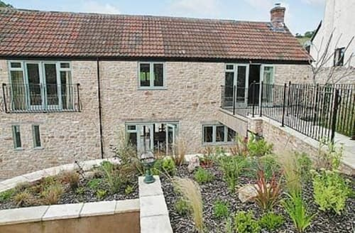 Last Minute Cottages - Inviting Wells Cottage S20308