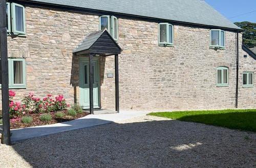 Big Cottages - Quaint Wells Cottage S60902