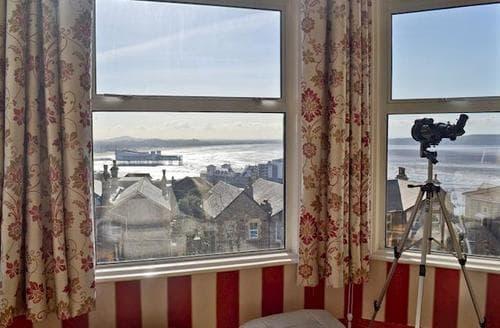 Last Minute Cottages - Attractive Weston Super Mare Apartment S78718