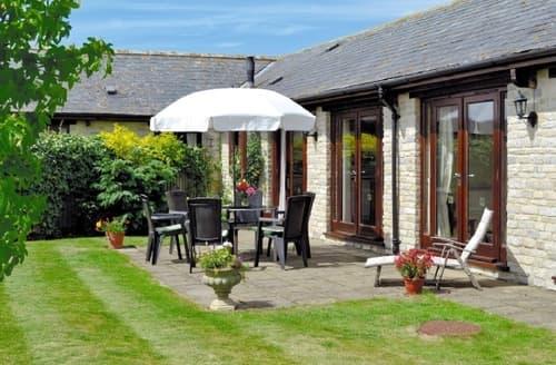 Big Cottages - Tasteful Yeovil Cottage S20359