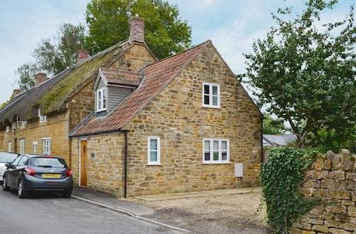 Last Minute Cottages - Charming Yeovil Cottage S70562