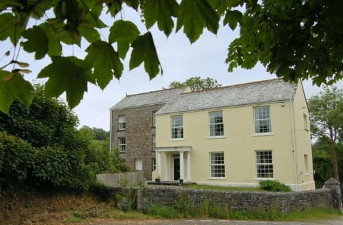 Last Minute Cottages - Wenford Hall