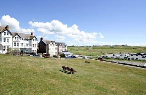 Last Minute Cottages - Charming Bude Cottage S25070