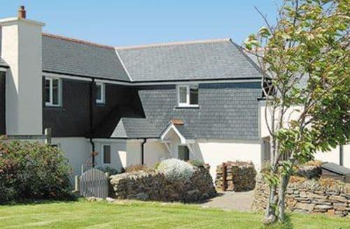 Last Minute Cottages - MEADOW COURT