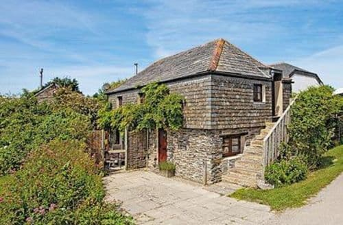 Dog Friendly Cottages - Gorgeous Padstow Cottage S20659