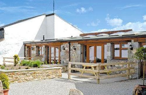 Last Minute Cottages - CARN BREA