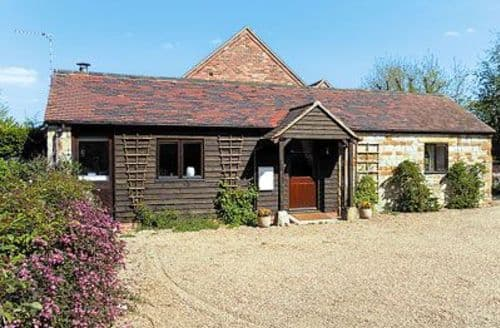 Last Minute Cottages - Lovely Stratford Upon Avon Cottage S15914
