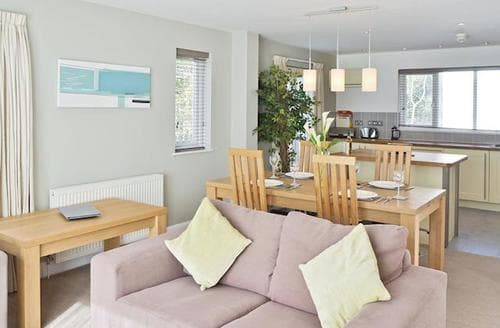 Last Minute Cottages - Quaint Truro And The Roseland Peninsula Cottage S21175