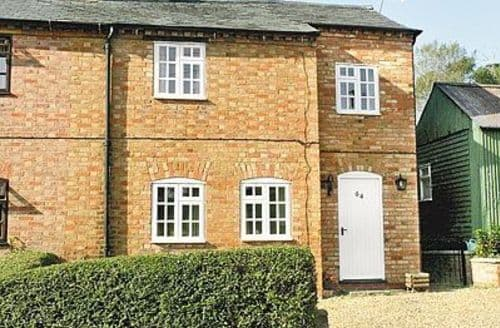 Last Minute Cottages - Attractive Stratford Upon Avon Cottage S15920