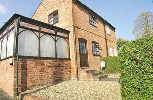 Last Minute Cottages - Excellent Stratford Upon Avon Cottage S15926