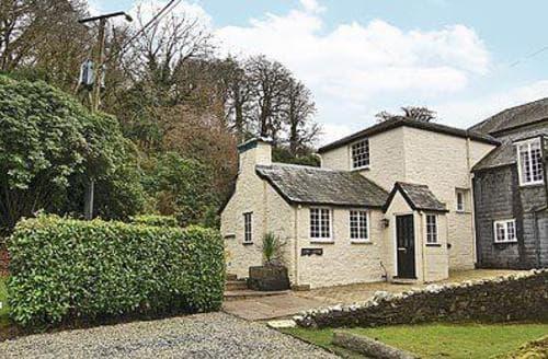 Last Minute Cottages - Beautiful Liskeard Apartment S20952