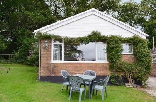 Last Minute Cottages - Tasteful Liskeard Cottage S38212