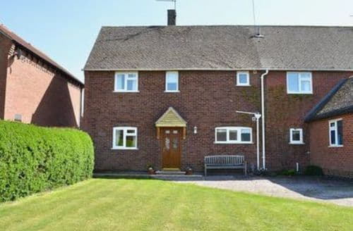 Big Cottages - Adorable Stratford Upon Avon Cottage S15946