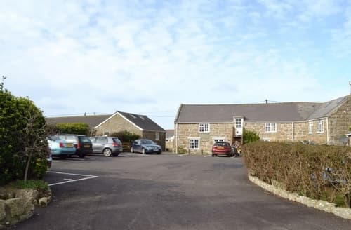 Last Minute Cottages - Tasteful Sennen Apartment S21303