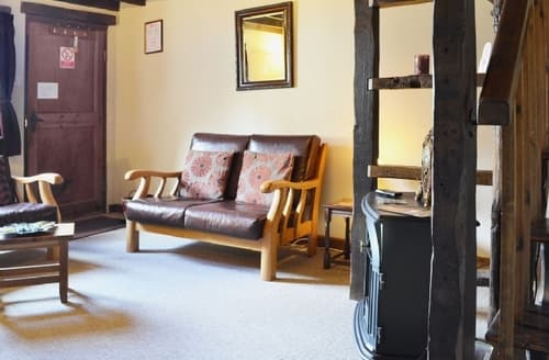 Last Minute Cottages - BEECH 2 BED
