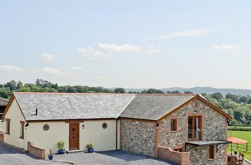 Last Minute Cottages - Tasteful Carmarthen Cottage S21656