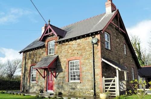 Last Minute Cottages - Excellent Llansteffan Cottage S21766