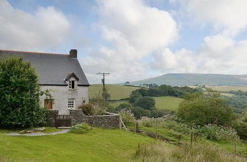 Big Cottages - Inviting Swansea Cottage S67679