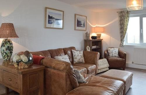 Last Minute Cottages - Lovely Haverfordwest Cottage S78248