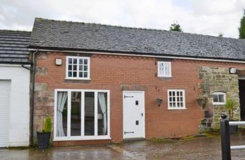 Last Minute Cottages - Delightful Stoke On Trent Cottage S16067