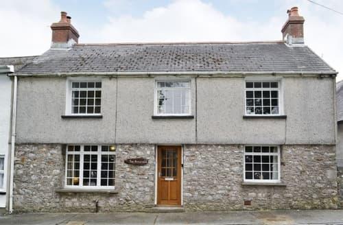 Last Minute Cottages - Wonderful Tenby Cottage S21956