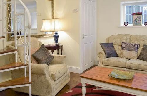 Last Minute Cottages - Splendid Tenby Cottage S77453