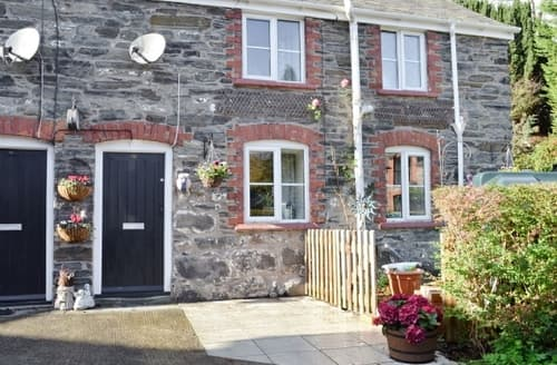 Last Minute Cottages - Tasteful Corwen And The Berwyn Mountains Cottage S22008
