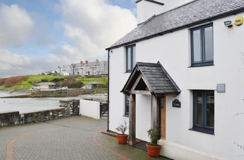Big Cottages - Attractive Amlwch And North Anglesey Heritage Coast Cottage S43596