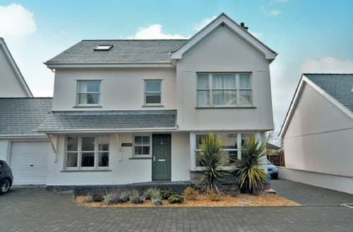 Last Minute Cottages - Attractive Holyhead And Treaddur Bay Cottage S22062