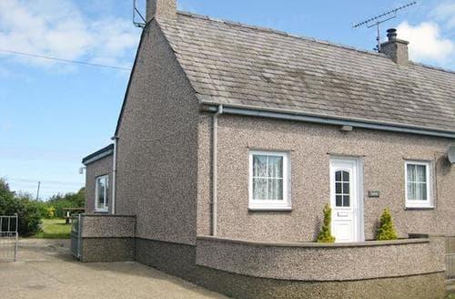 Last Minute Cottages - Gorgeous Aberdaron Cottage S22097