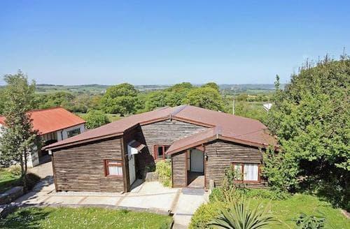 Big Cottages - Exquisite Bangor Lodge S22147