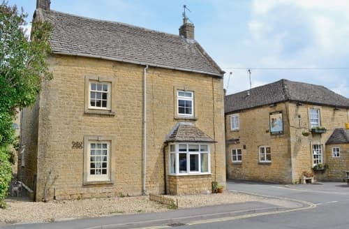 Last Minute Cottages - Stunning Bourton On The Water Cottage S16106