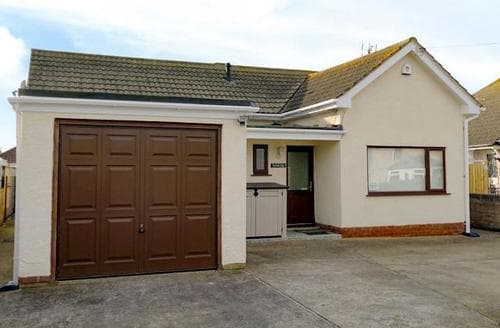 Last Minute Cottages - Cosy Colwyn Bay Cottage S22417