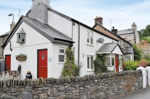 Last Minute Cottages - Stunning Colwyn Bay Cottage S38180