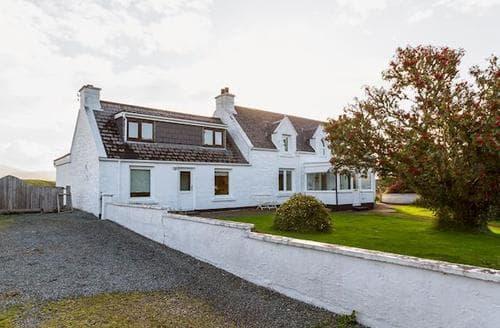 Big Cottages - Charming Portree Cottage S22497