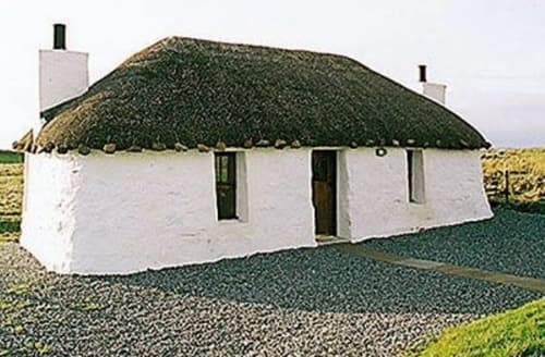 Last Minute Cottages - THE THATCHED CROFT