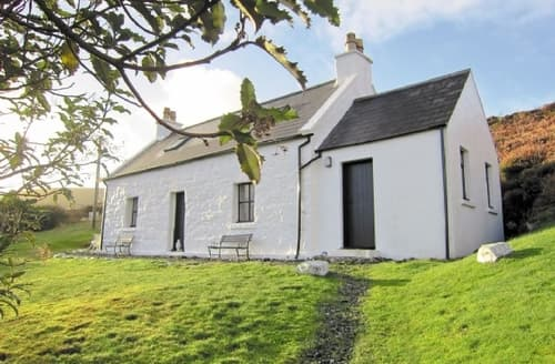 Last Minute Cottages - Adorable Portree Cottage S22523
