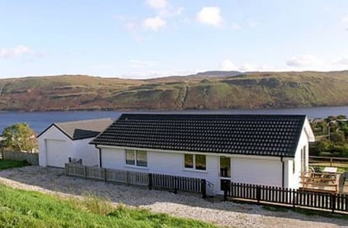 Last Minute Cottages - Captivating Sligachan Cottage S22533