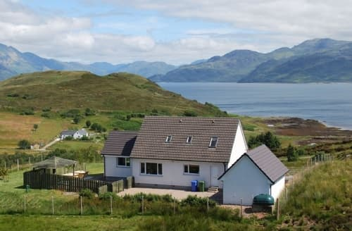 Last Minute Cottages - Quaint Sligachan Cottage S22538