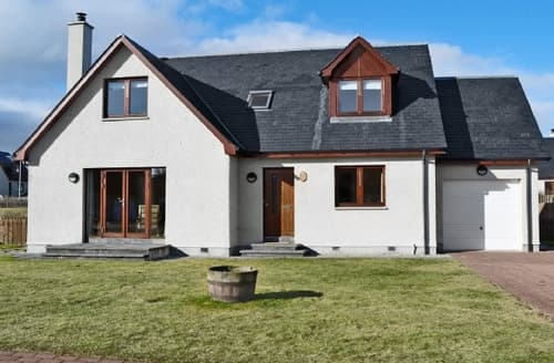 Big Cottages - Charming Aviemore Cottage S22678