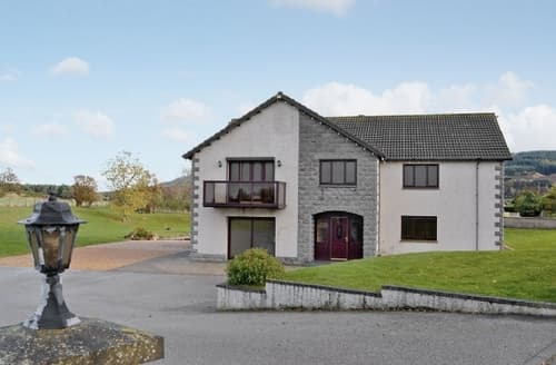 Last Minute Cottages - Lovely Buckie Cottage S22816
