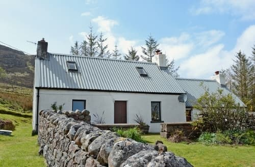 Last Minute Cottages - Tasteful Gairloch Cottage S34845