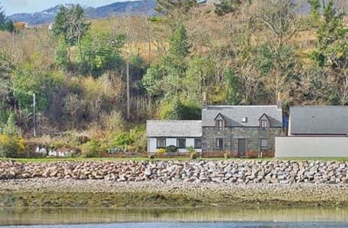 Last Minute Cottages - Stunning Strathcarron Cottage S22866