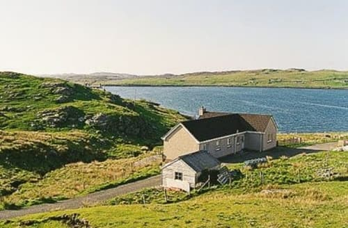 Last Minute Cottages - Wonderful All Outer Hebrides Cottage S22895