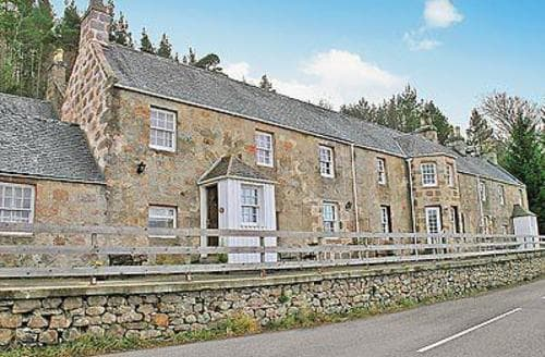 Last Minute Cottages - Beautiful Ballater Cottage S22904