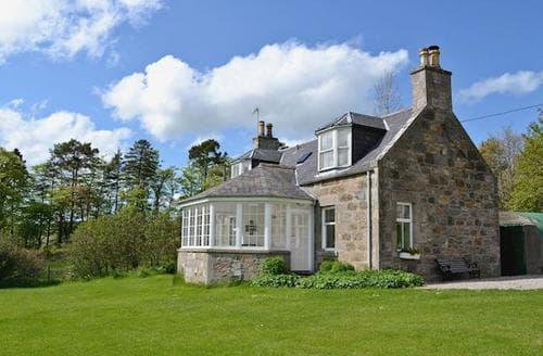 Last Minute Cottages - Tasteful Huntly Cottage S22927